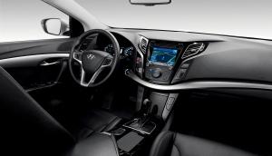 110204_HME_Geneva_i40_interior