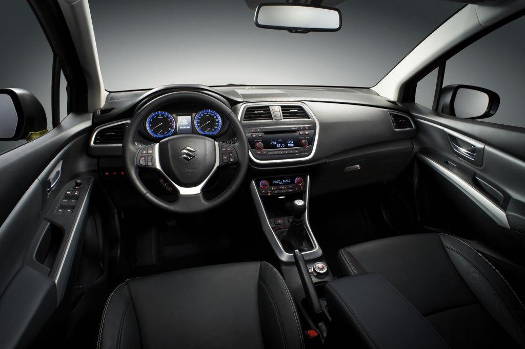 Suzuki SX4 İç