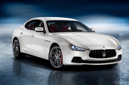 Haber: Maserati Orta Üst Sınıf Sedanı Ghibli' yiTanıttı