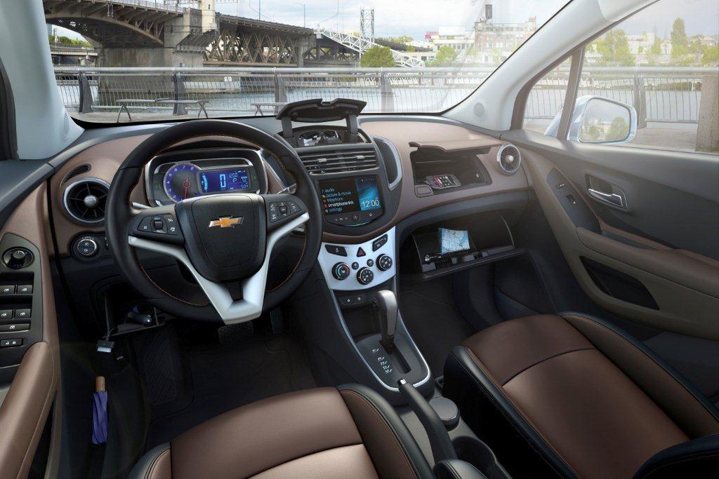 Chevrolet-Trax-281610-medium