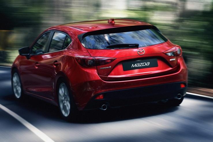 Mazda 3 Arka