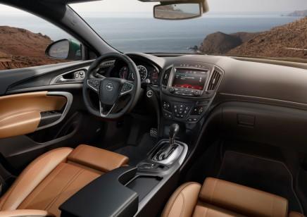 Haber: Opel InsigniaMakyajlandı