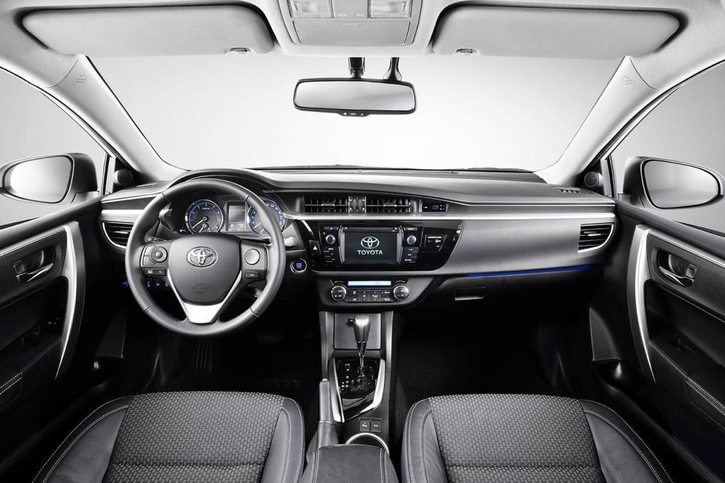Toyota Corolla İç