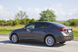 Mazda 3 Sedan Arka