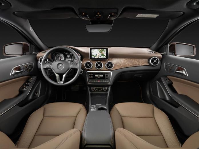 Mercedes-Benz GLA İç