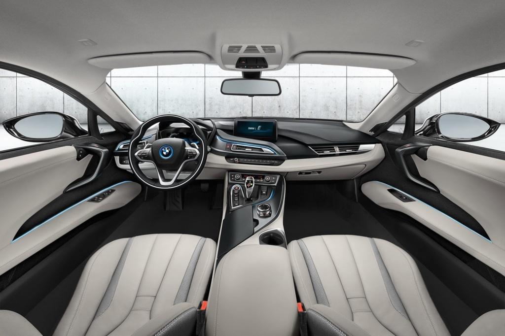 BMW i8 İç