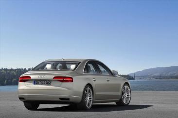 Audi A8 TDI quattro