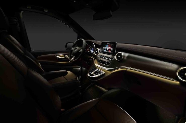 Mercedes-Benz V-Serisi İç Görüntü 2