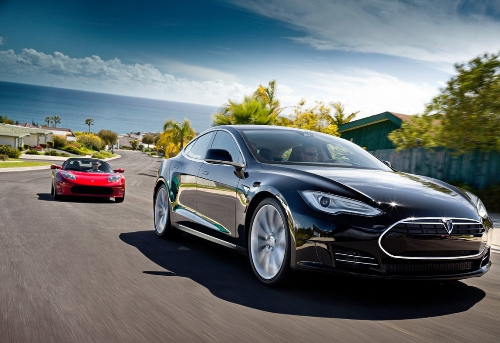 Tesla Model S Ön