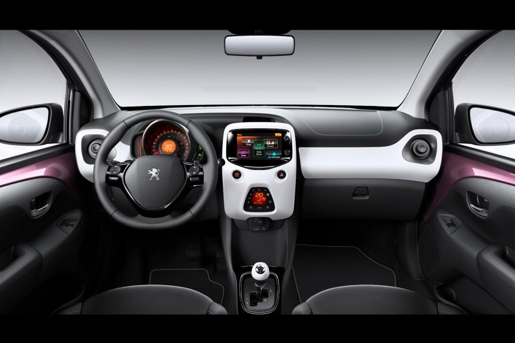 Peugeot 108 İç