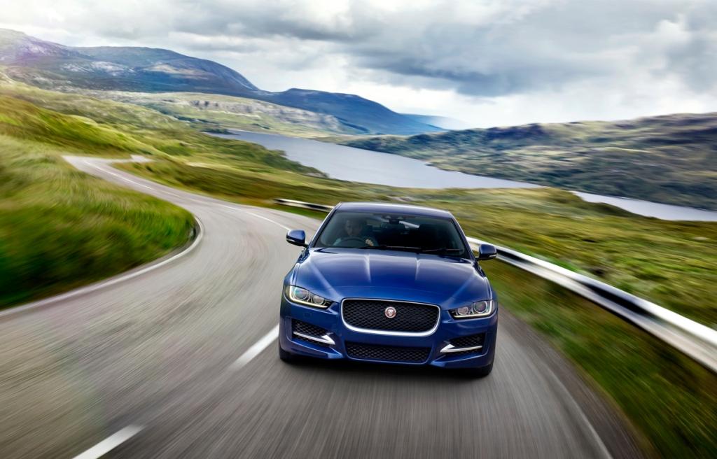 Jaguar XE Ön 3
