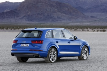 Audi Q7 Arka