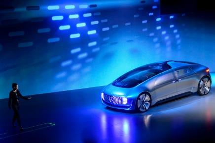 Konsept: Mercedes-Benz F015