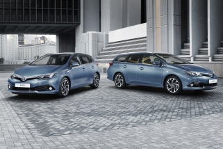 Makyajlı Toyota Auris Ailesi