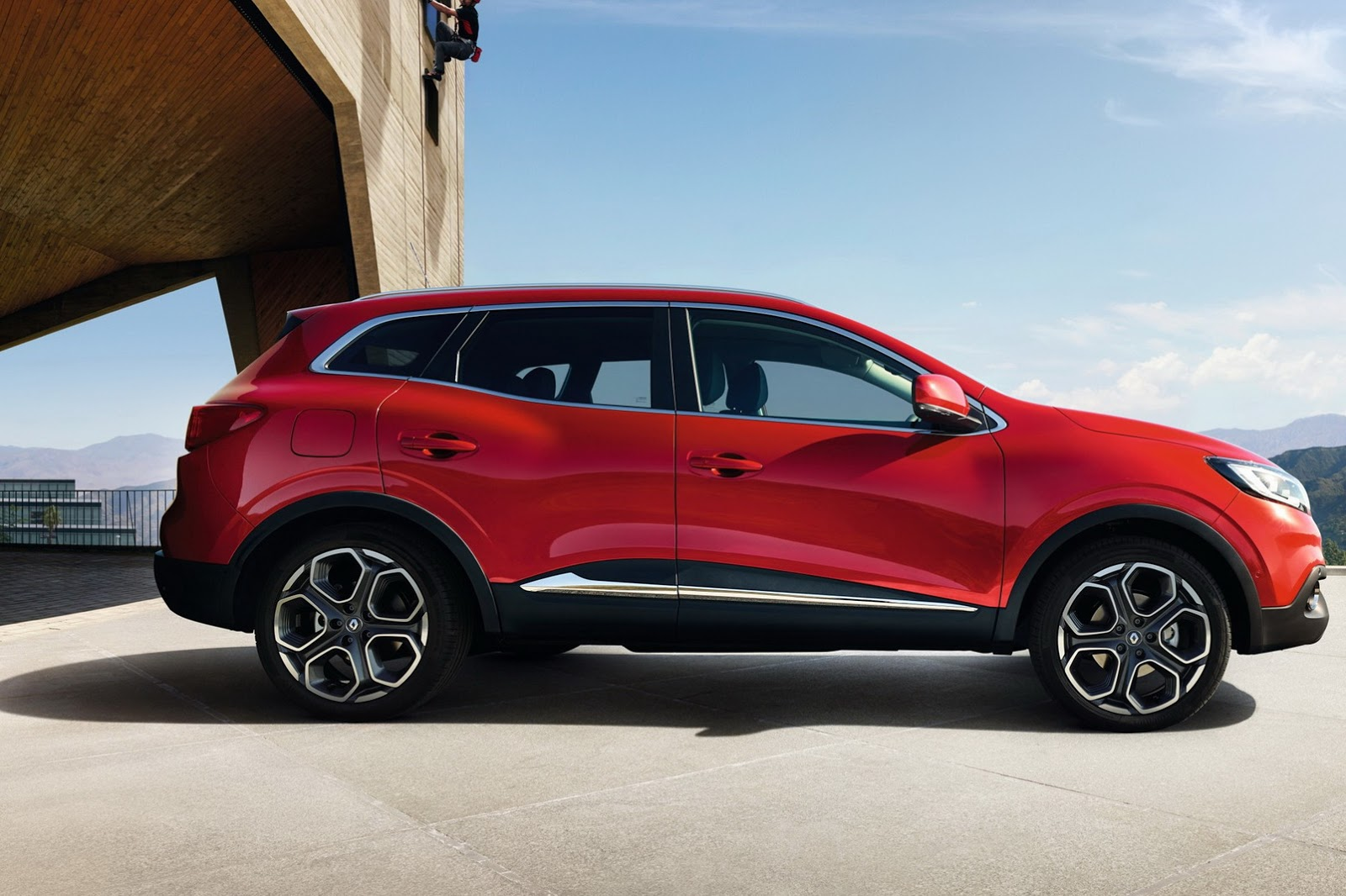 2014 Volvo Xc60 New Car Review additionally Volvo V60 Cross Country Makes Word Debut At 2014 La Show Live Photos 89122 also Renault Kadjar Yan 2 in addition 2725127 Renault 4l moreover Ford F 150 Raptor 2017. on 2015 volvo crossover xc60