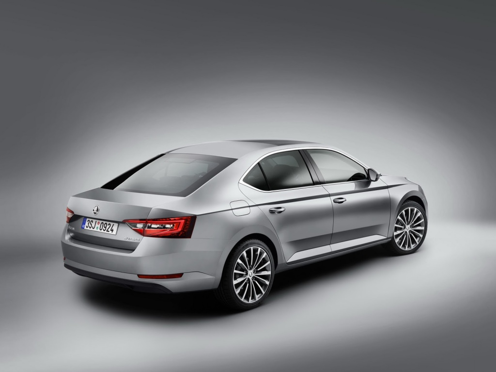 Skoda Superb Arka