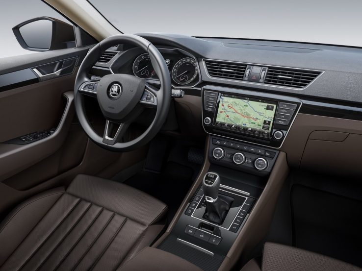 Skoda Superb İç