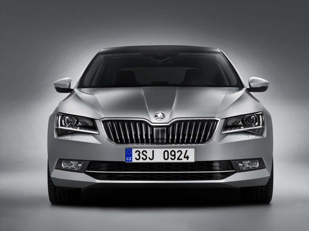 Skoda Superb Ön (2)
