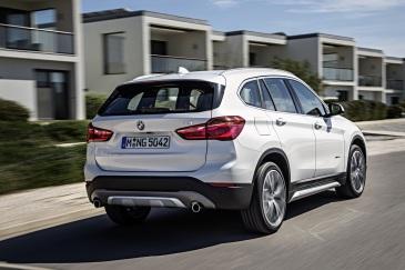 BMW X1 Arka