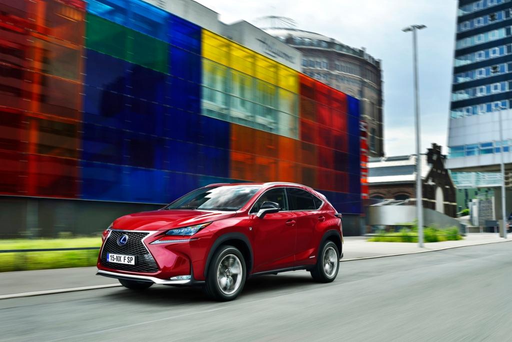 Lexus NX Ön