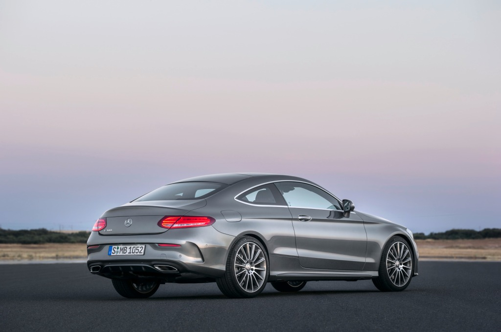 Mercedes-Benz C-Serisi Coupe Arka