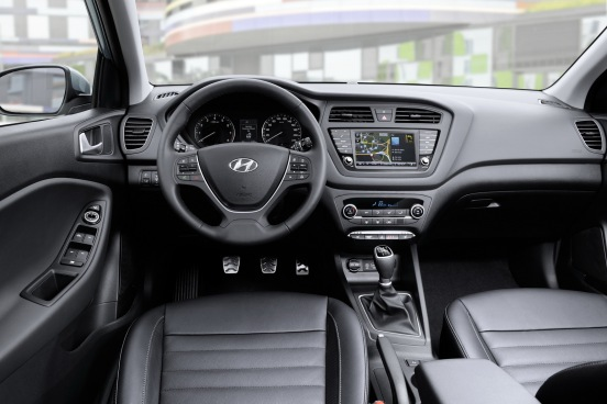 Hyundai i20 Active İç