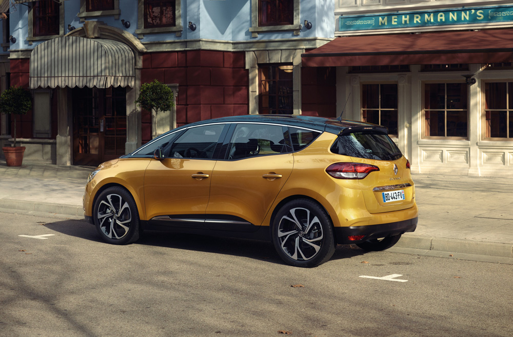 Renault Scenic Arka