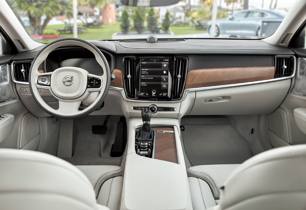 New Volvo S90 & V90 interior